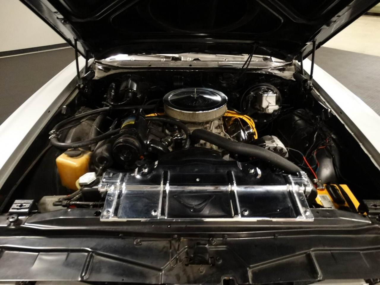 Large Picture of '70 Oldsmobile Cutlass - KEIV