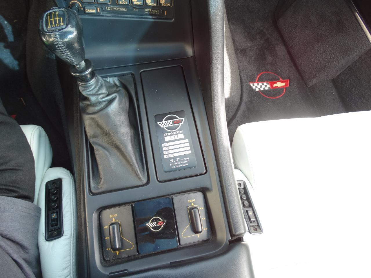 Large Picture of '92 Corvette - KEPS