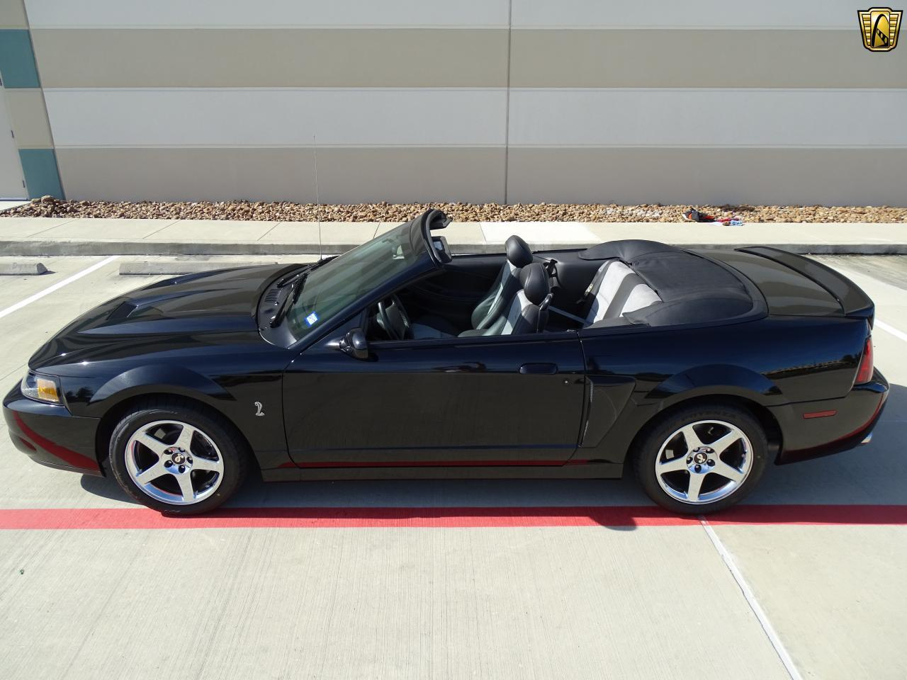 Large Picture of '03 Ford Mustang - KES2