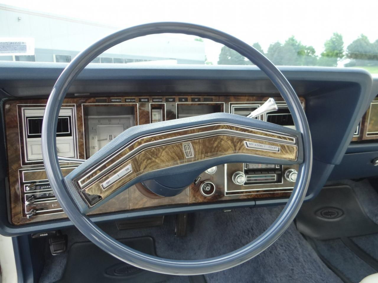 Large Picture of 1978 Continental located in Illinois - KEVR