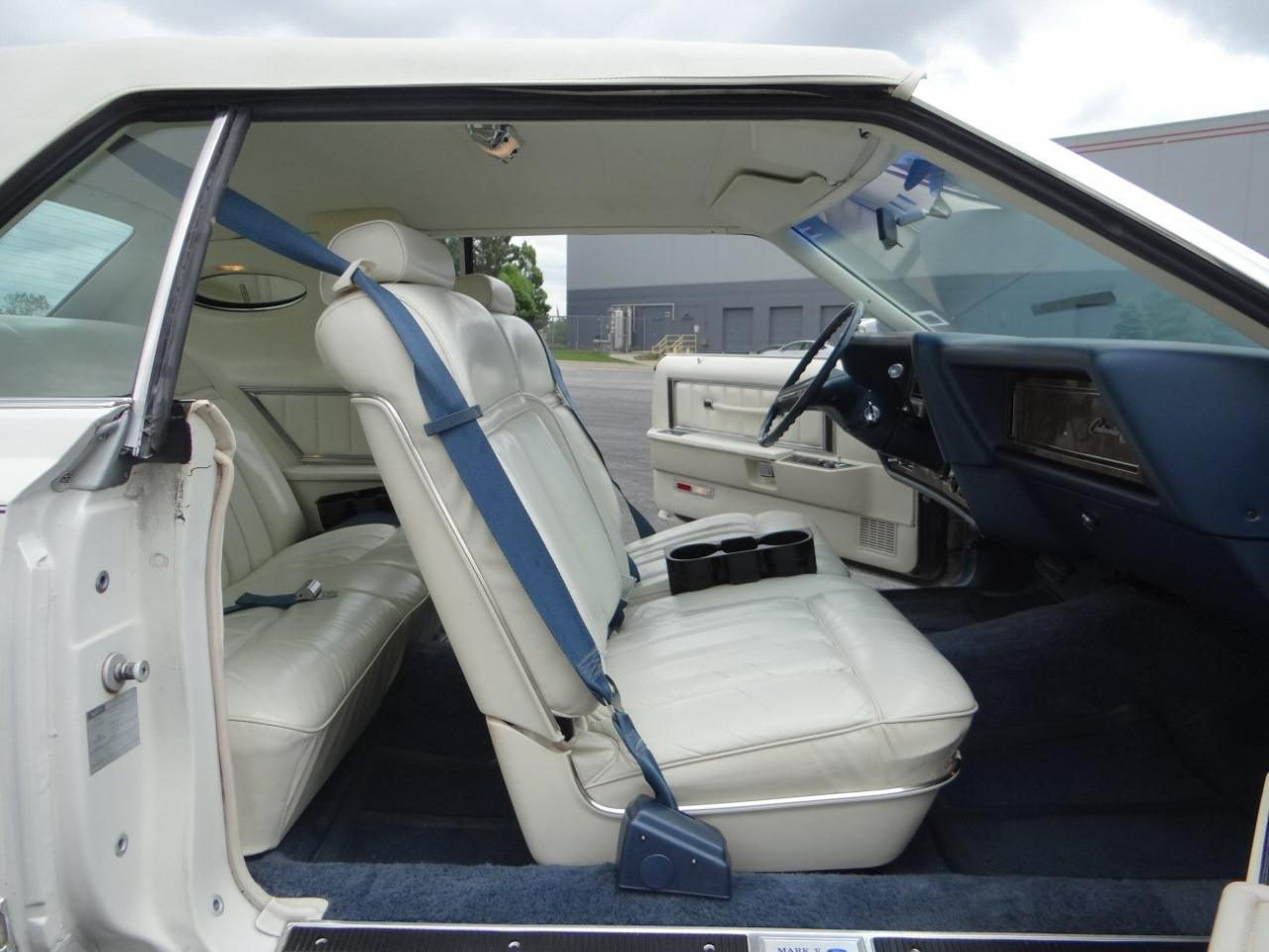 Large Picture of 1978 Lincoln Continental located in Illinois Offered by Gateway Classic Cars - Chicago - KEVR