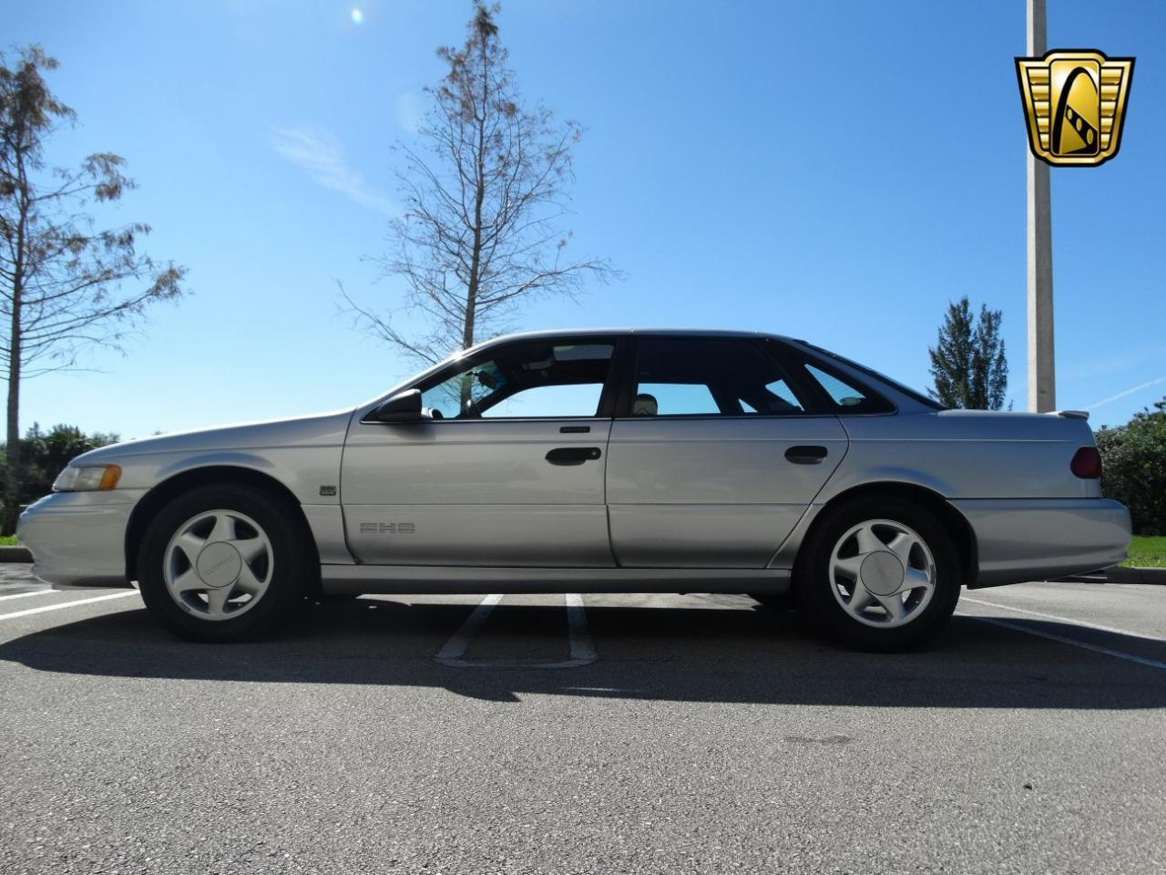Large Picture of '93 Ford Taurus located in Coral Springs Florida - KEXL