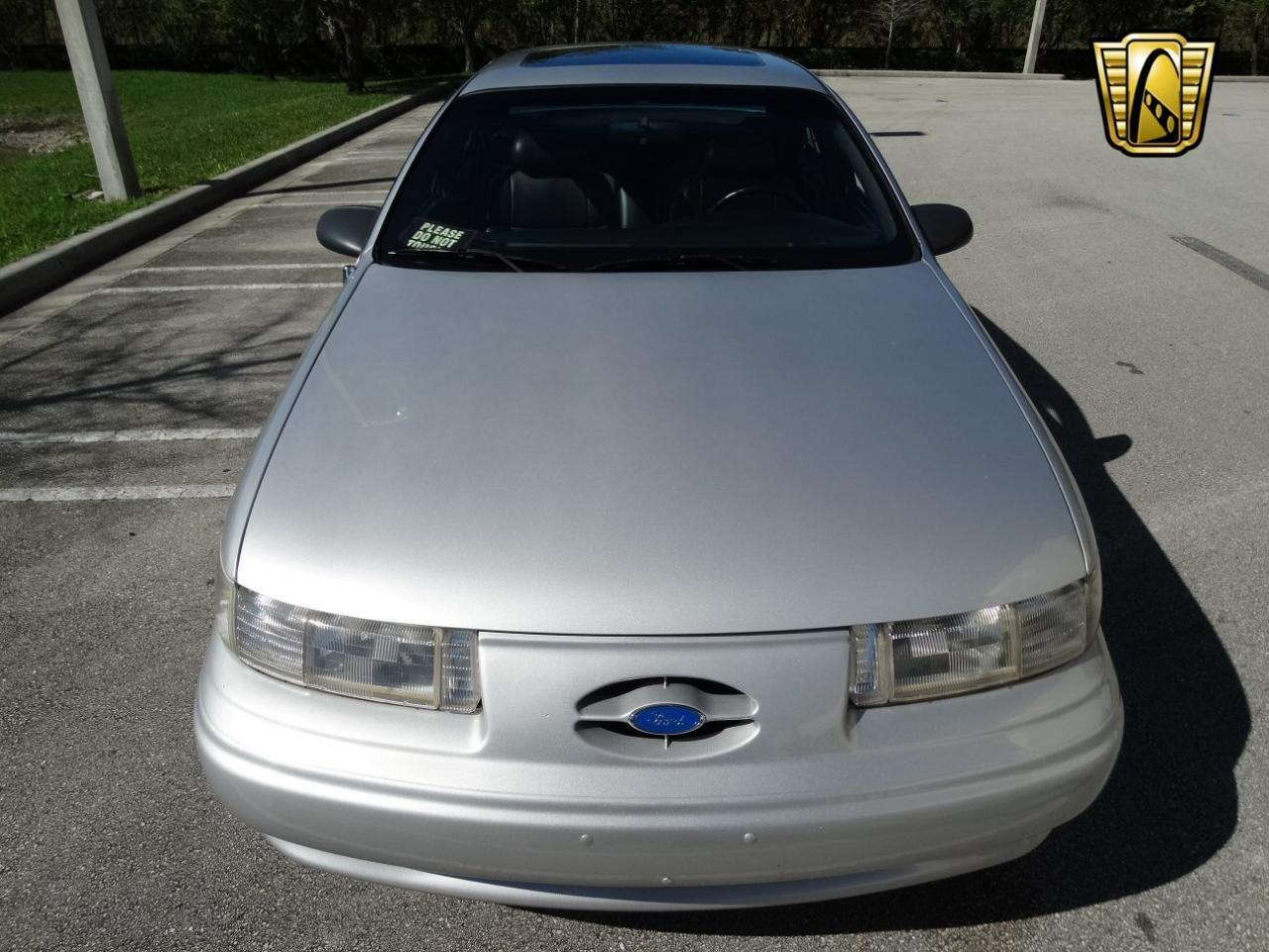 Large Picture of 1993 Ford Taurus located in Coral Springs Florida - $9,995.00 - KEXL