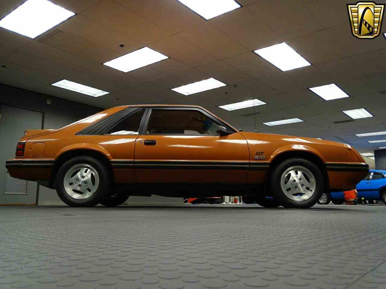 Large Picture of '84 Mustang - KEY7