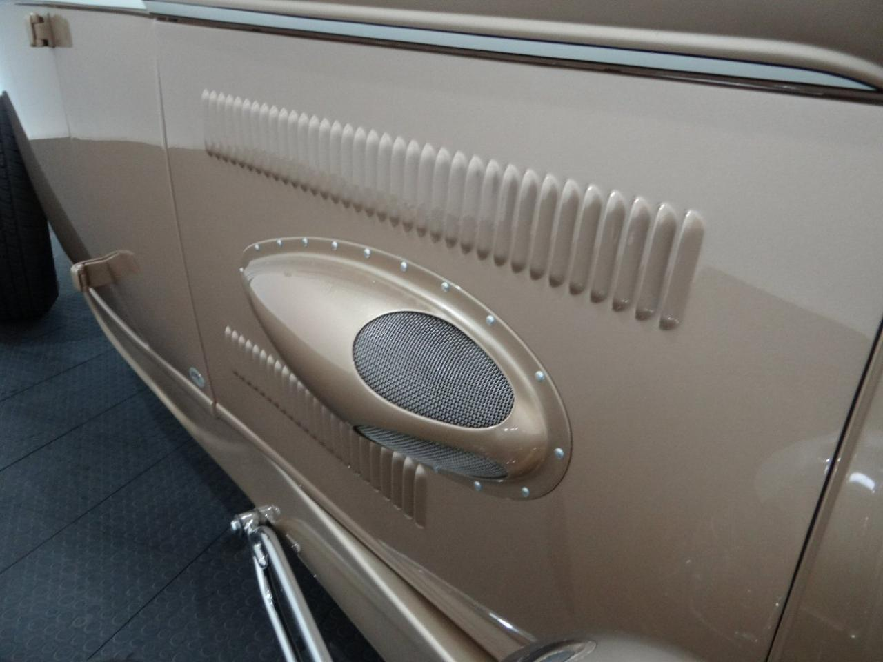 Large Picture of Classic '32 Highboy located in Illinois - $54,000.00 Offered by Gateway Classic Cars - Chicago - KEZ8