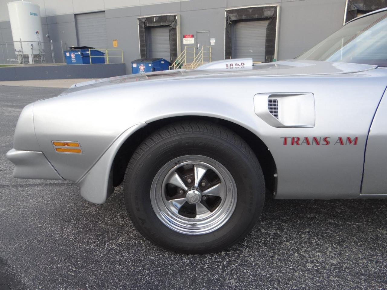 Large Picture of '76 Pontiac Firebird located in Crete Illinois Offered by Gateway Classic Cars - Chicago - KF0S