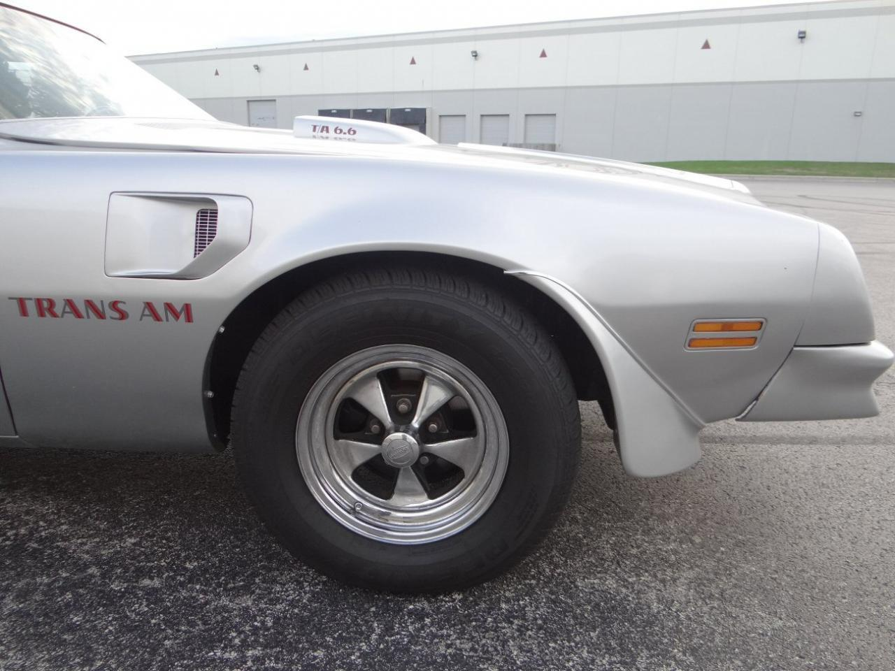 Large Picture of '76 Firebird located in Illinois - $15,595.00 - KF0S