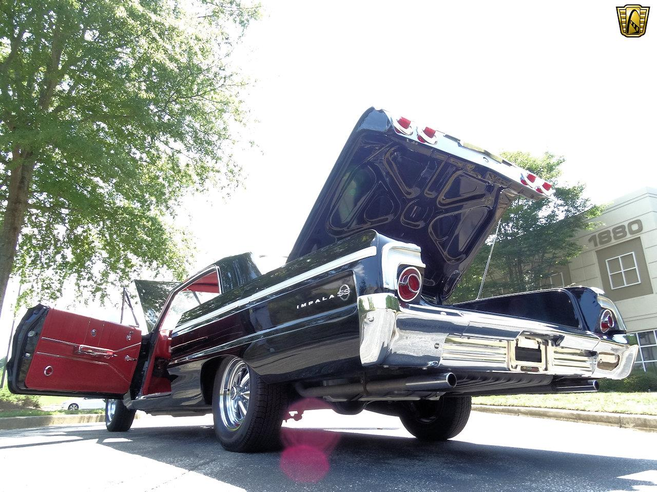 Large Picture of 1964 Chevrolet Impala - KF0Z