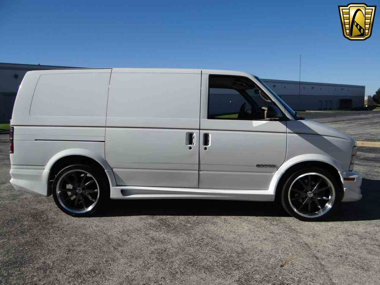Large Picture of 1998 GMC Safari - $10,595.00 Offered by Gateway Classic Cars - Chicago - KF2Q