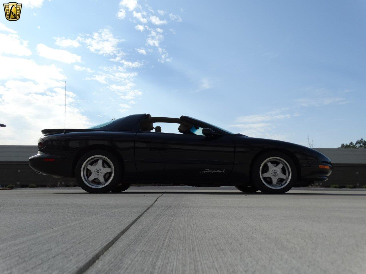 Large Picture of '94 Pontiac Firebird - KF4C