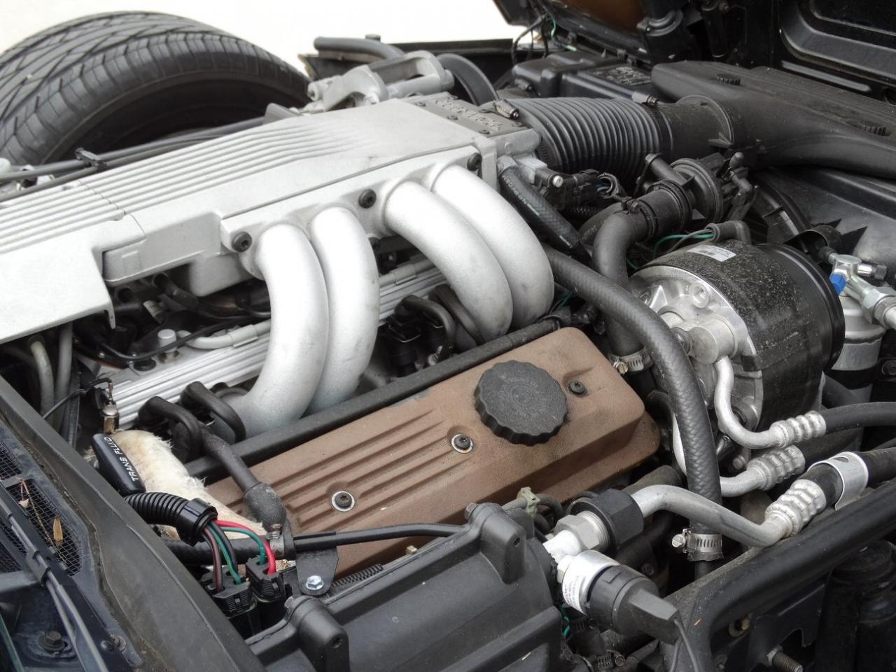 Large Picture of 1986 Chevrolet Corvette - KF5W