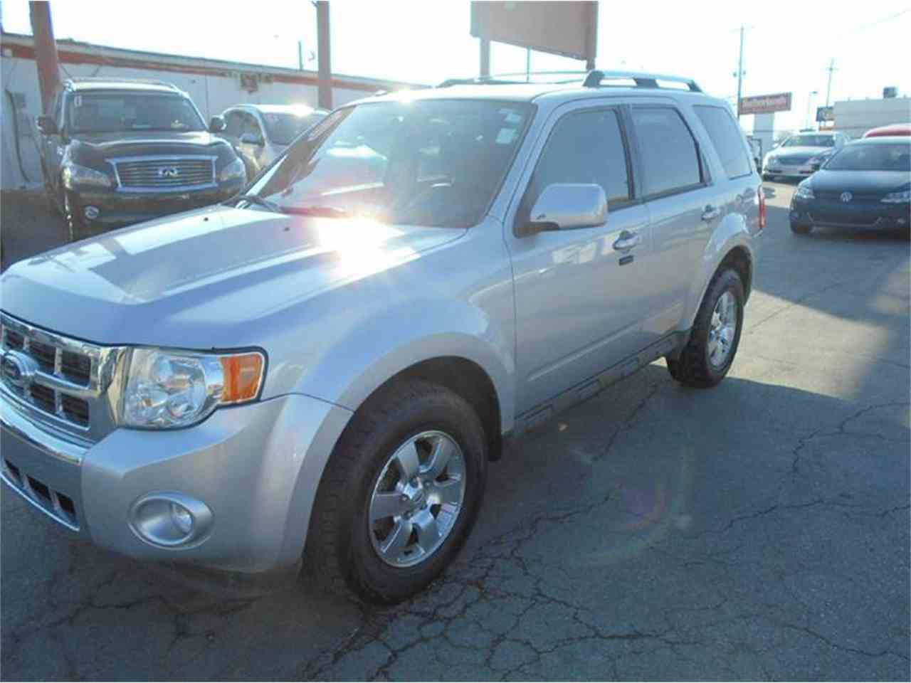 Large Picture of 2011 Ford Escape located in Olathe Kansas - $10,995.00 - KFEM