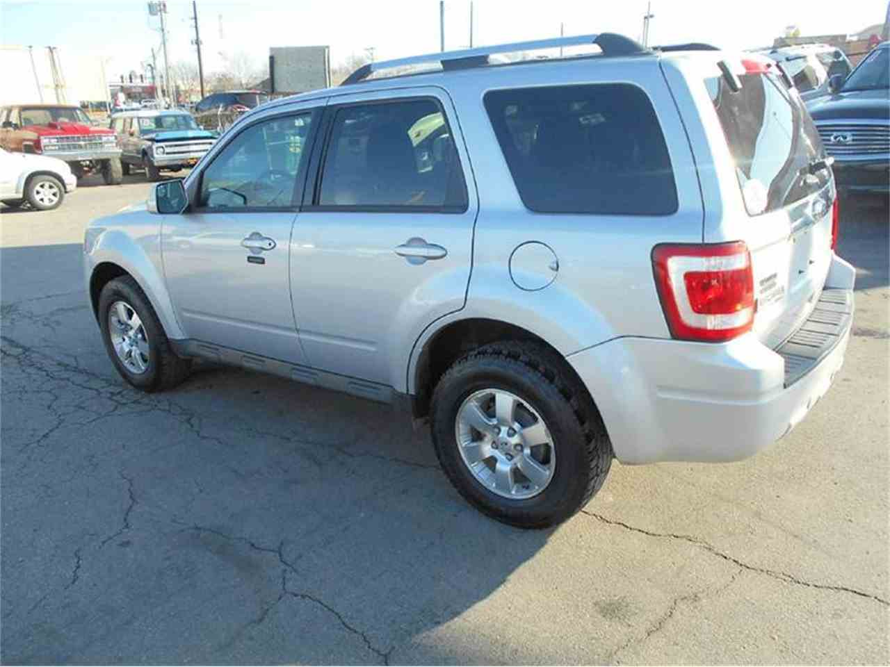 Large Picture of '11 Ford Escape located in Olathe Kansas - $10,995.00 Offered by All American Auto Mart Inc - KFEM