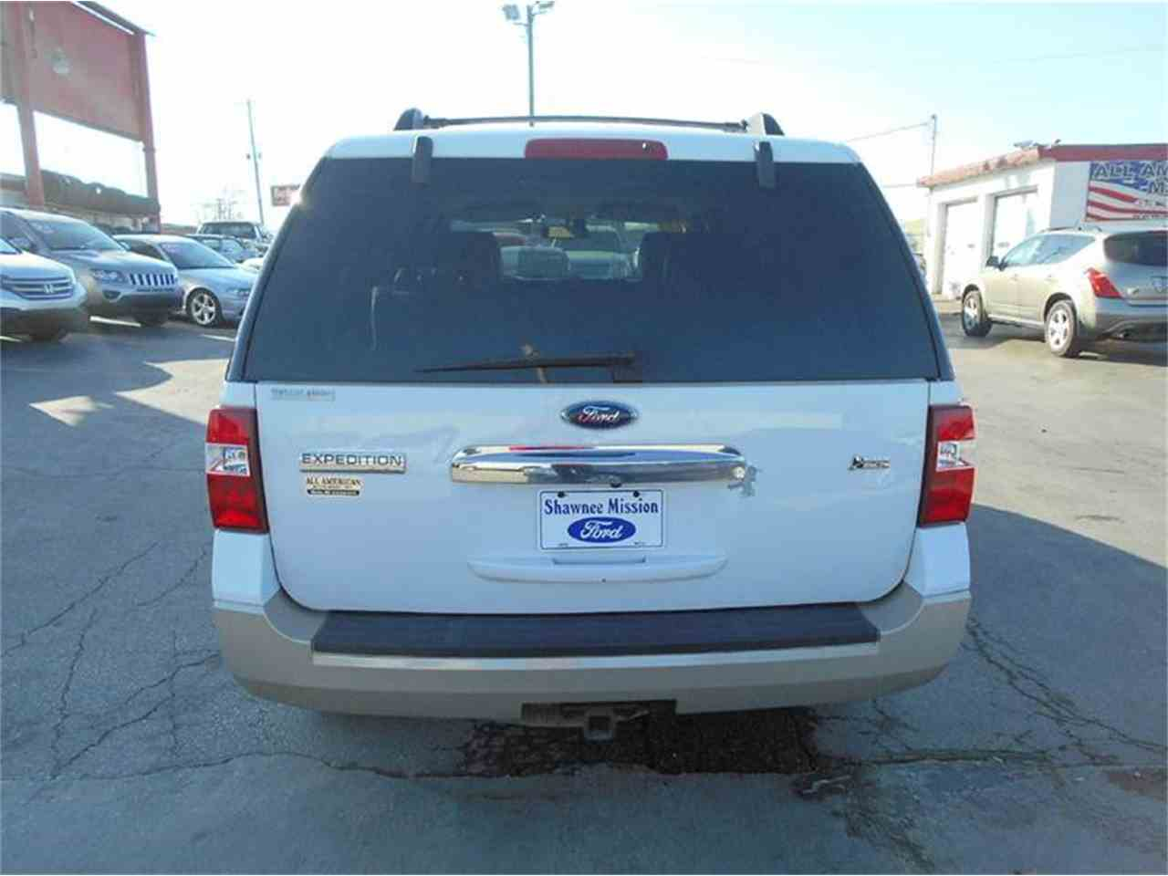 Large Picture of '09 Ford Expedition located in Olathe Kansas - KFEN