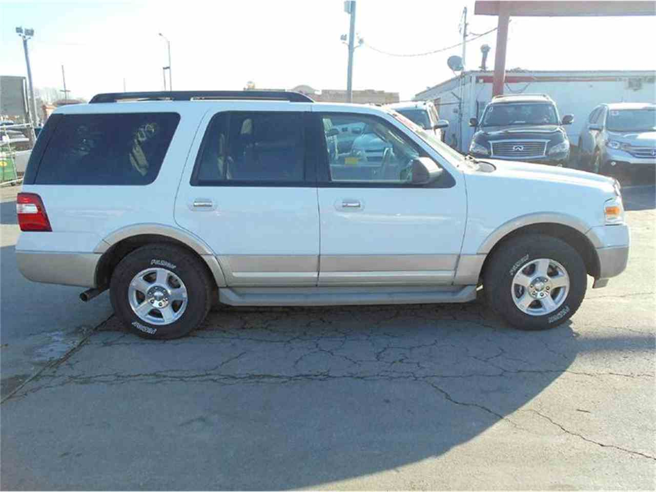 Large Picture of '09 Expedition located in Kansas Offered by All American Auto Mart Inc - KFEN