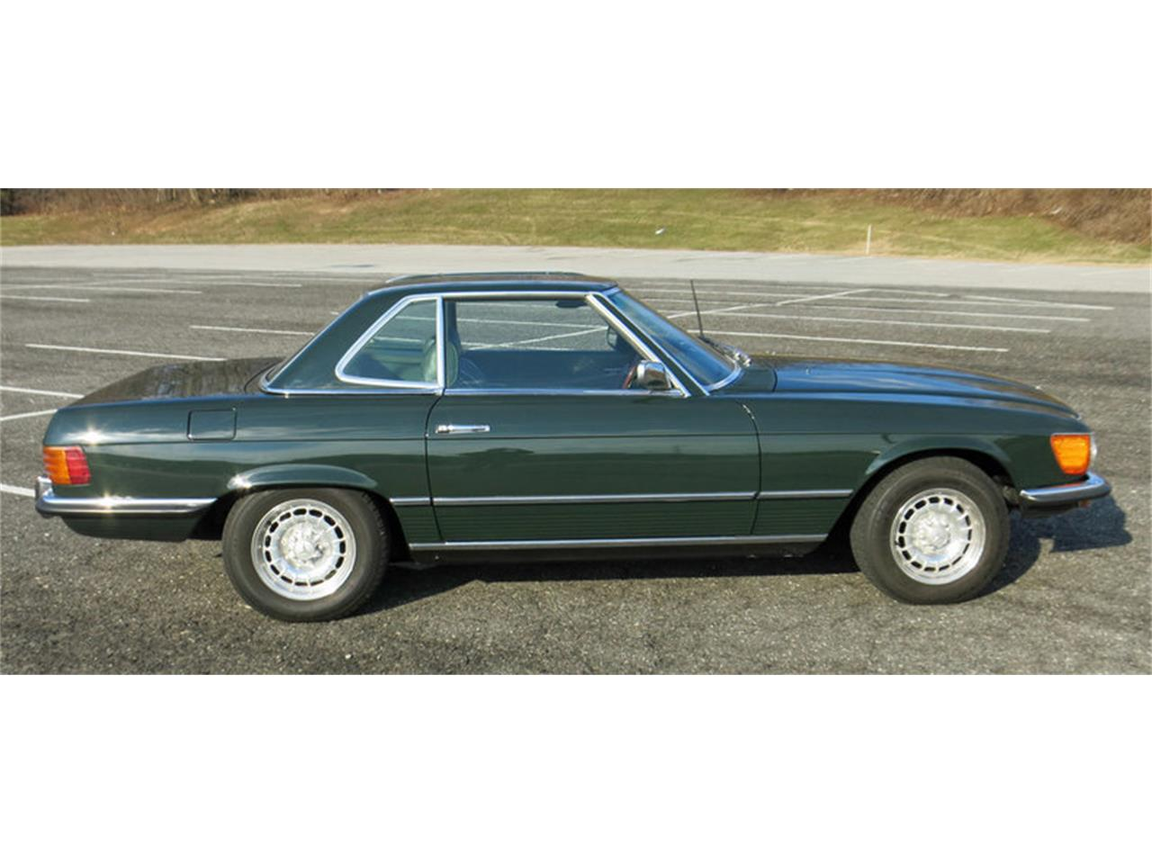 Large Picture of '72 350SL located in West Chester Pennsylvania Offered by Connors Motorcar Company - KFFT