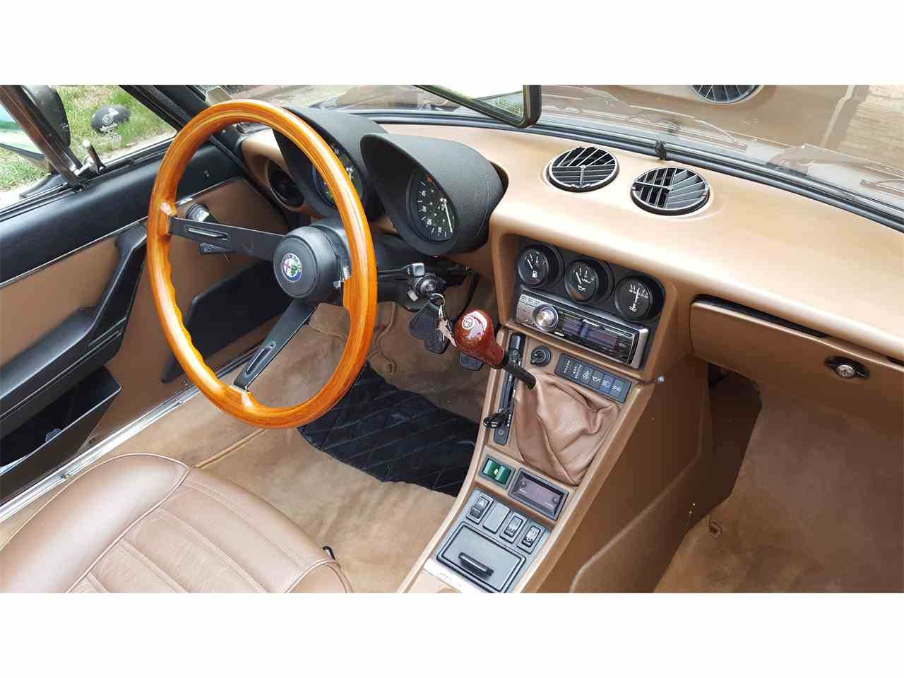 Large Picture of 1984 Alfa Romeo 2000 Spider Veloce located in Illinois - $9,500.00 Offered by a Private Seller - KDDZ