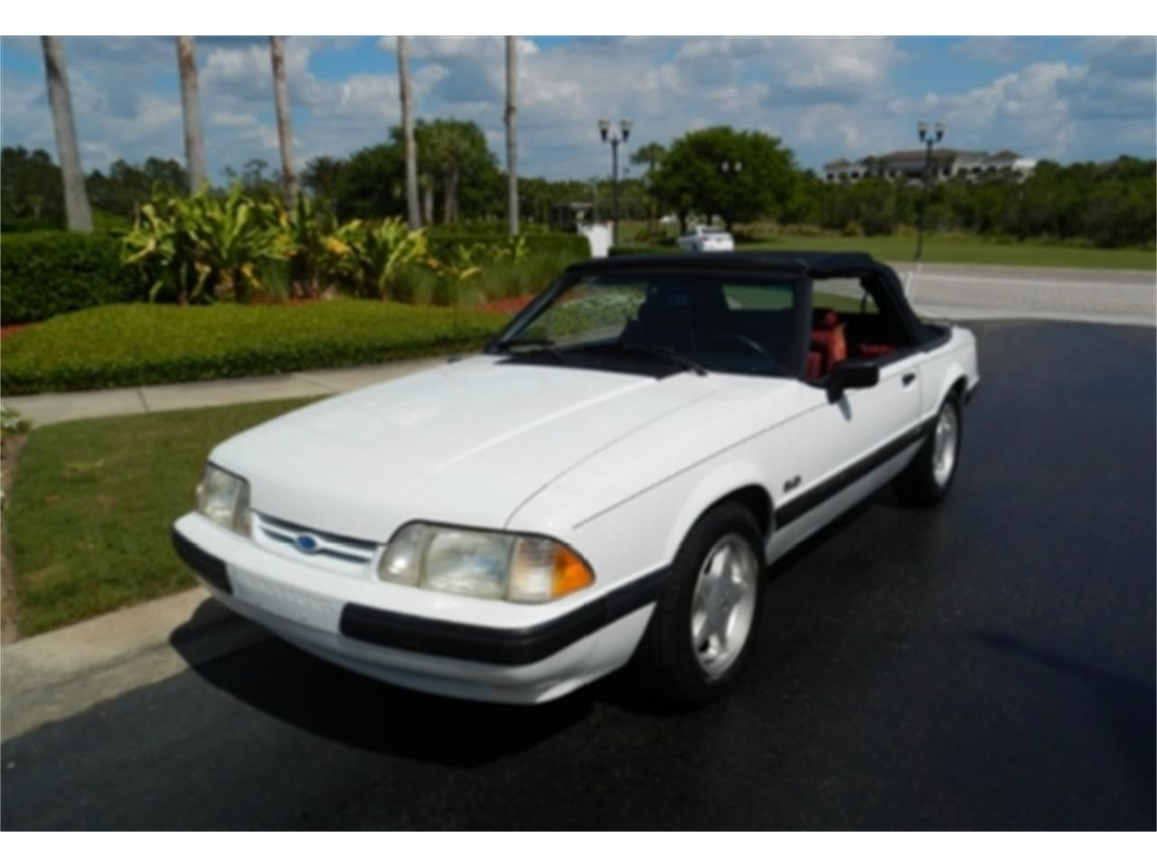 Large Picture of 1991 Ford Mustang - KGQZ