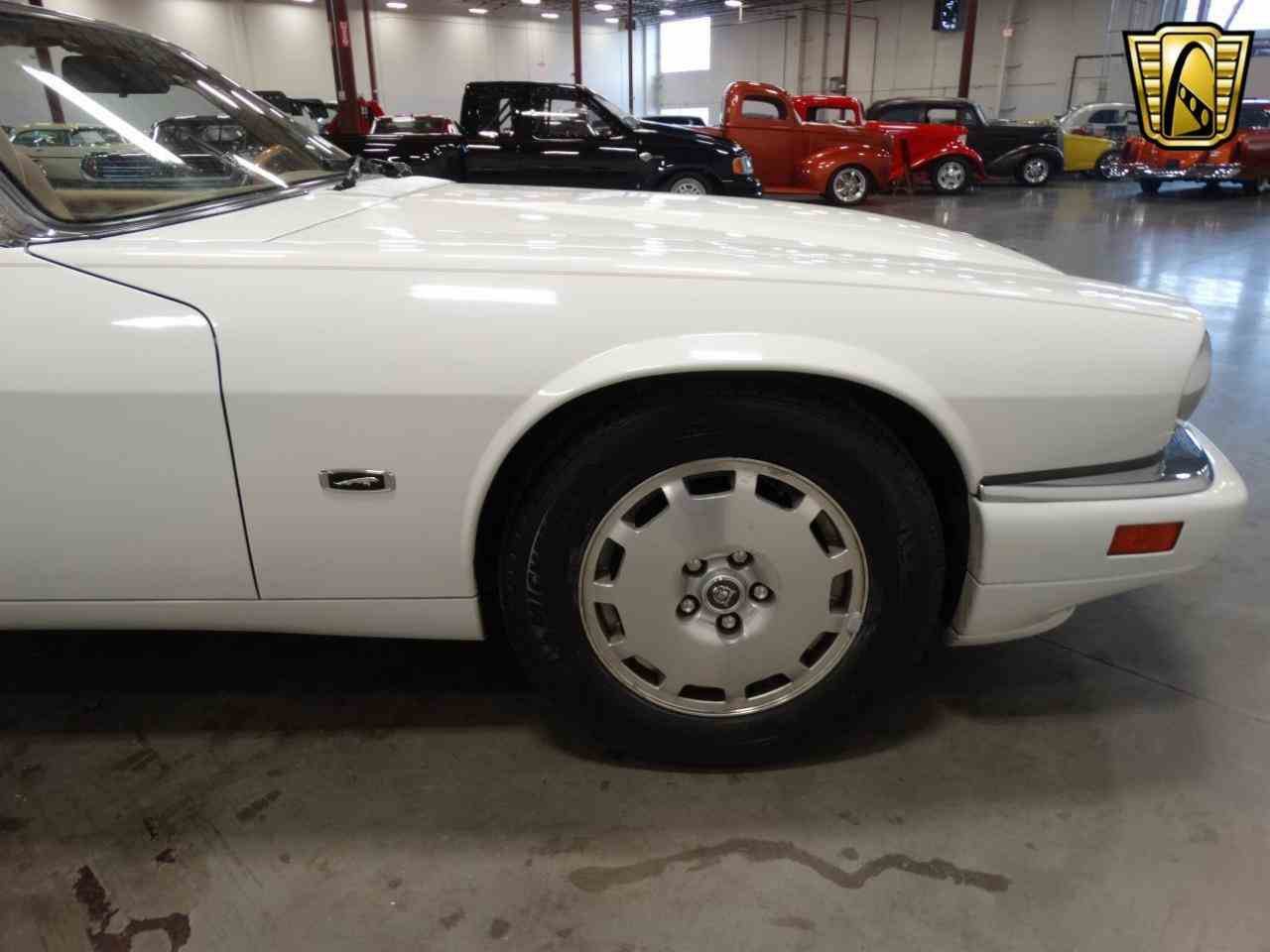 Large Picture of '96 Jaguar XJS located in La Vergne Tennessee - $12,995.00 Offered by Gateway Classic Cars - Nashville - KGRY