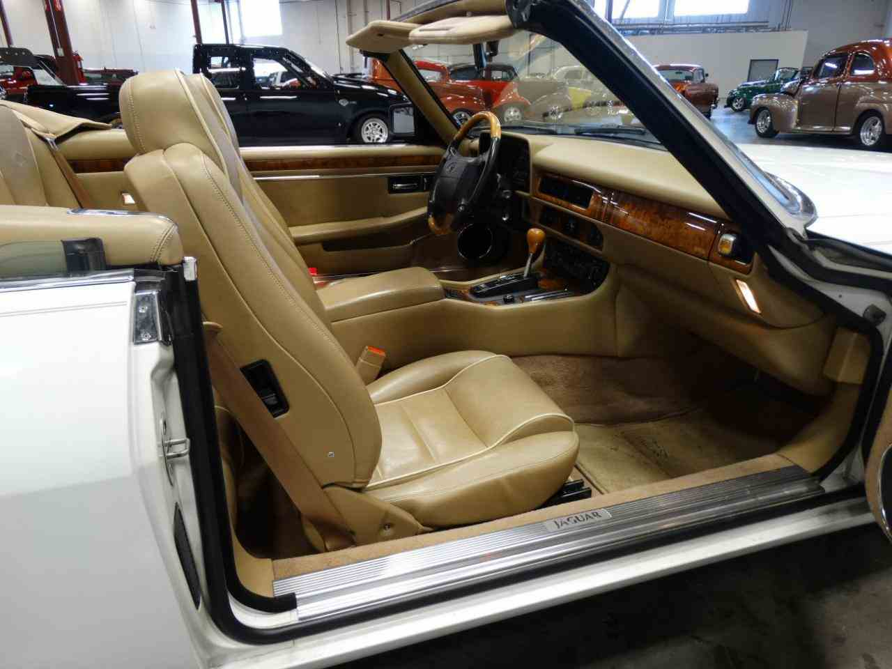 Large Picture of 1996 Jaguar XJS - KGRY