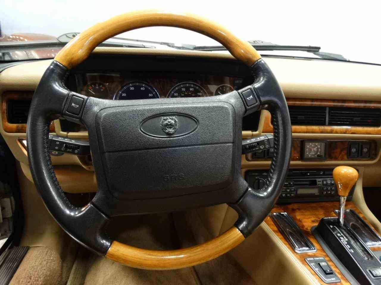 Large Picture of 1996 Jaguar XJS located in Tennessee Offered by Gateway Classic Cars - Nashville - KGRY