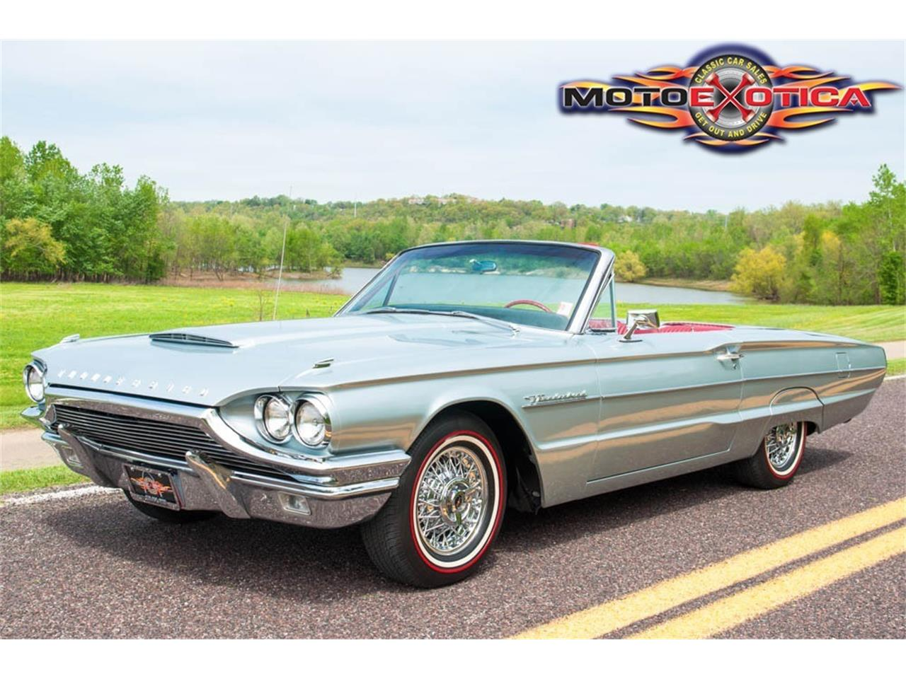 Large Picture of Classic 1964 Thunderbird - KH4Q