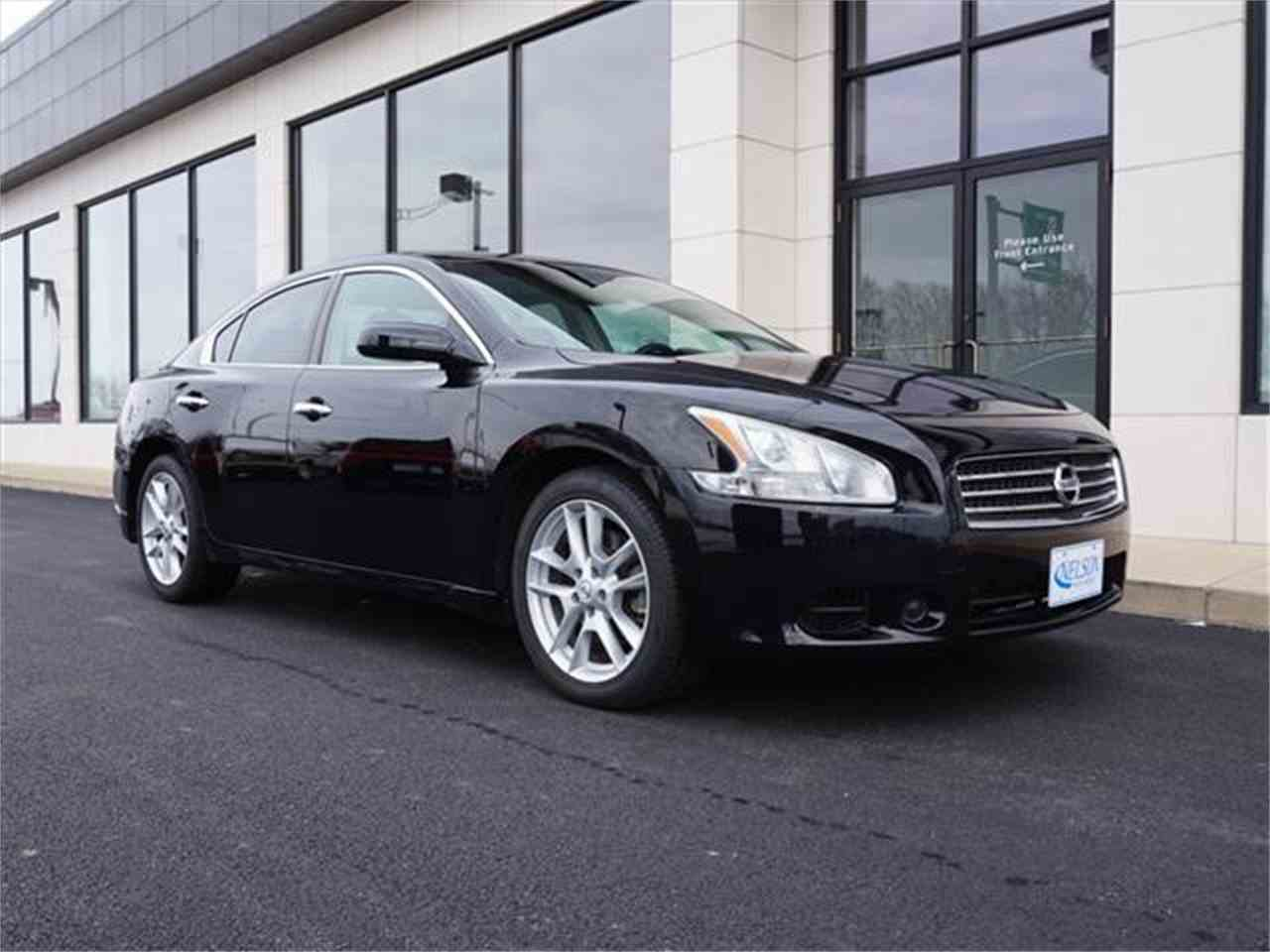 Large Picture of 2010 Maxima located in Ohio - $9,999.00 Offered by Nelson Automotive, Ltd. - KHAD