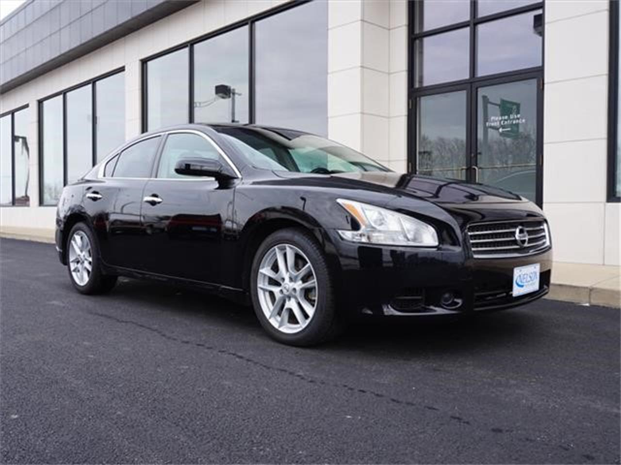 Large Picture of 2010 Nissan Maxima located in Ohio - $9,999.00 Offered by Nelson Automotive, Ltd. - KHAD