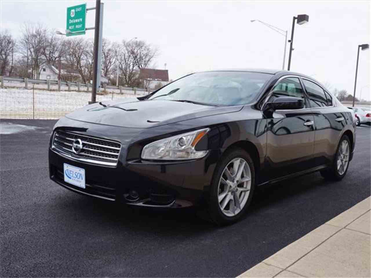 Large Picture of '10 Nissan Maxima - KHAD