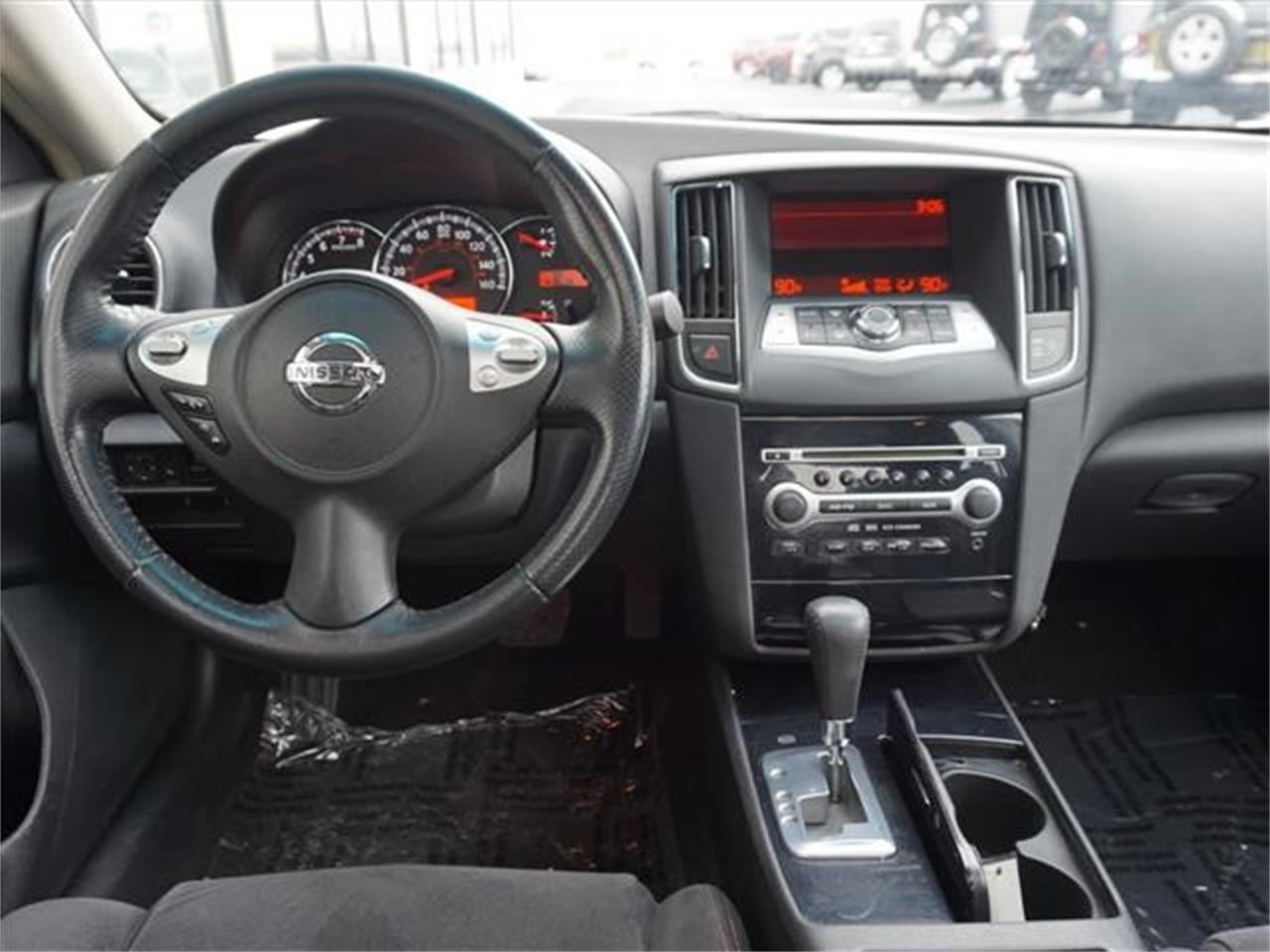 Large Picture of '10 Nissan Maxima Offered by Nelson Automotive, Ltd. - KHAD
