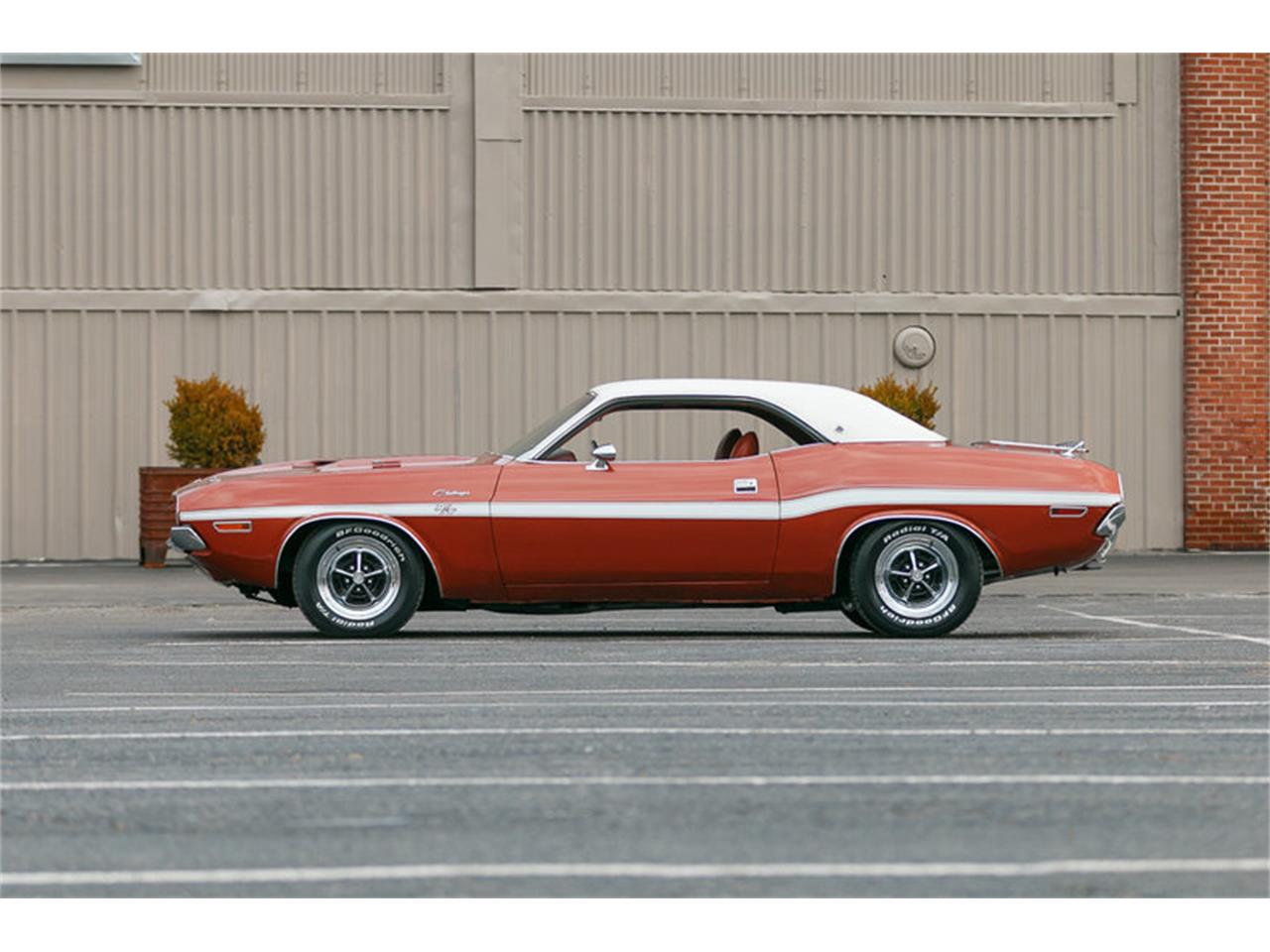 Large Picture of 1970 Dodge Challenger Offered by Fast Lane Classic Cars Inc. - KHEB