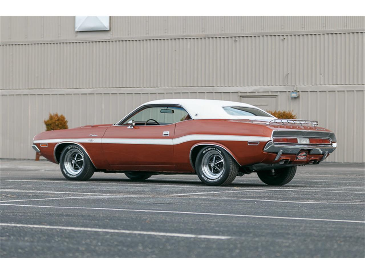 Large Picture of Classic '70 Dodge Challenger located in Missouri Offered by Fast Lane Classic Cars Inc. - KHEB