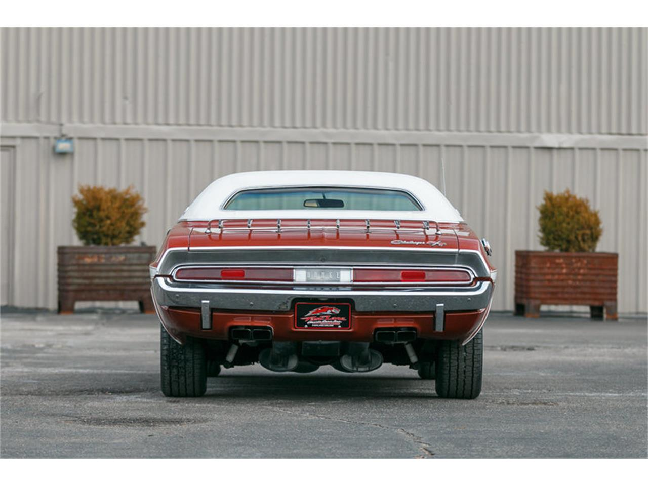 Large Picture of 1970 Dodge Challenger - KHEB