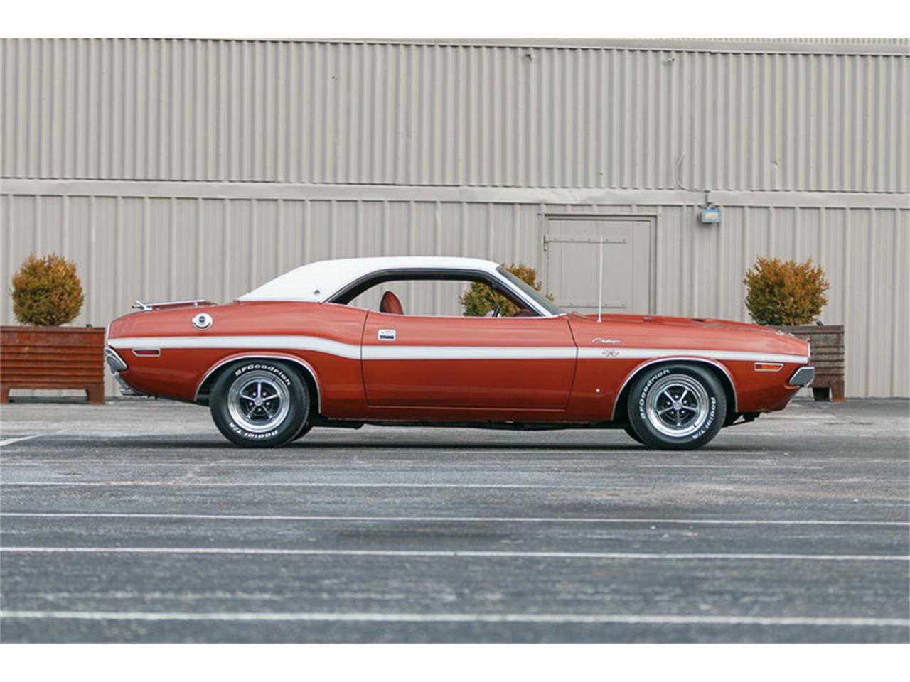 Large Picture of Classic '70 Dodge Challenger - $47,995.00 - KHEB