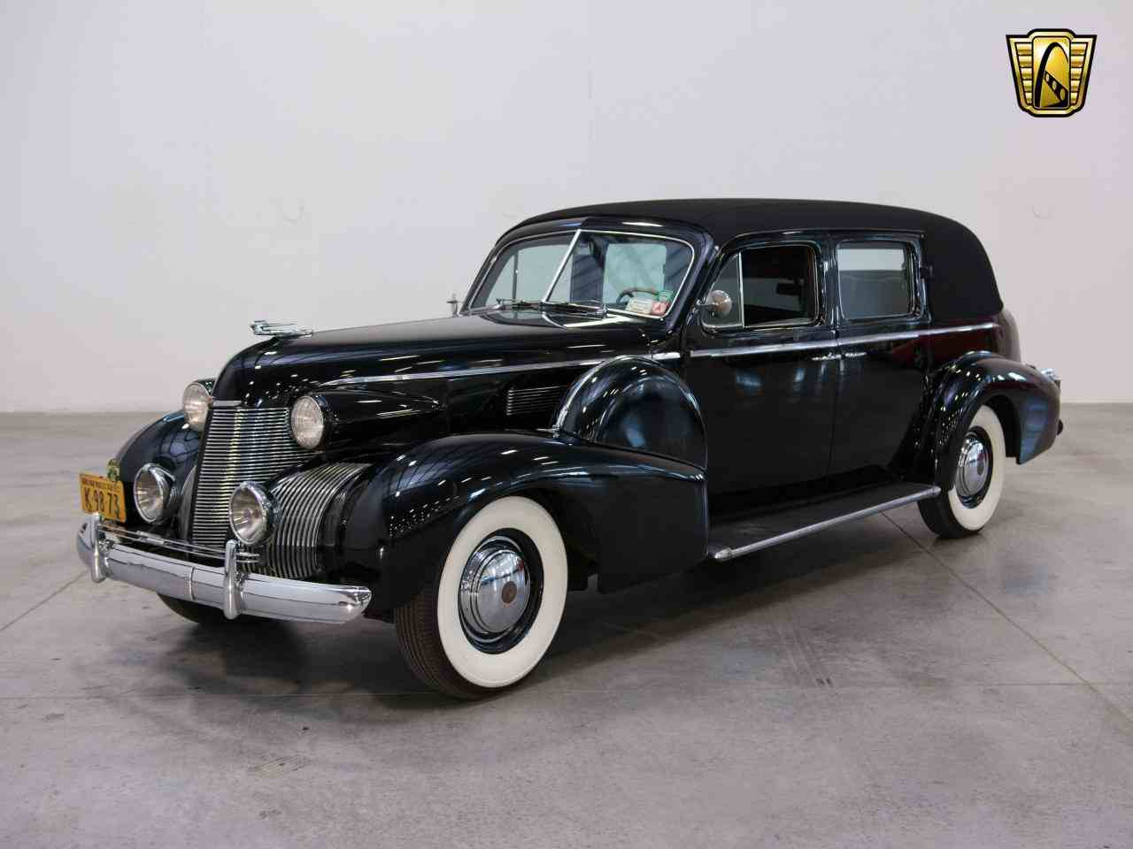 Large Picture of 1939 Cadillac 7 Passenger Touring W/ Trunk - $58,000.00 - KHP0
