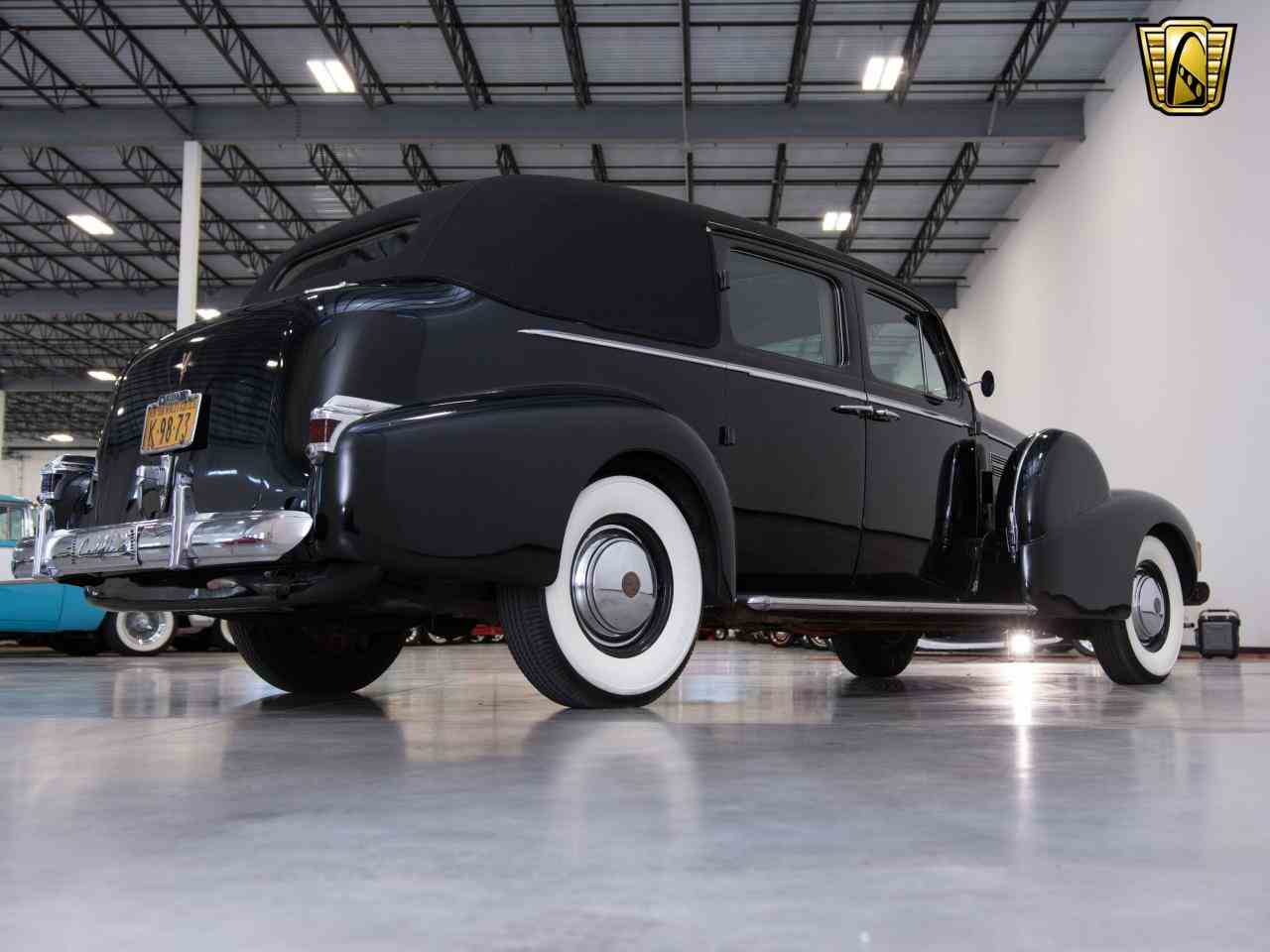 Large Picture of Classic 1939 Cadillac 7 Passenger Touring W/ Trunk - $58,000.00 - KHP0