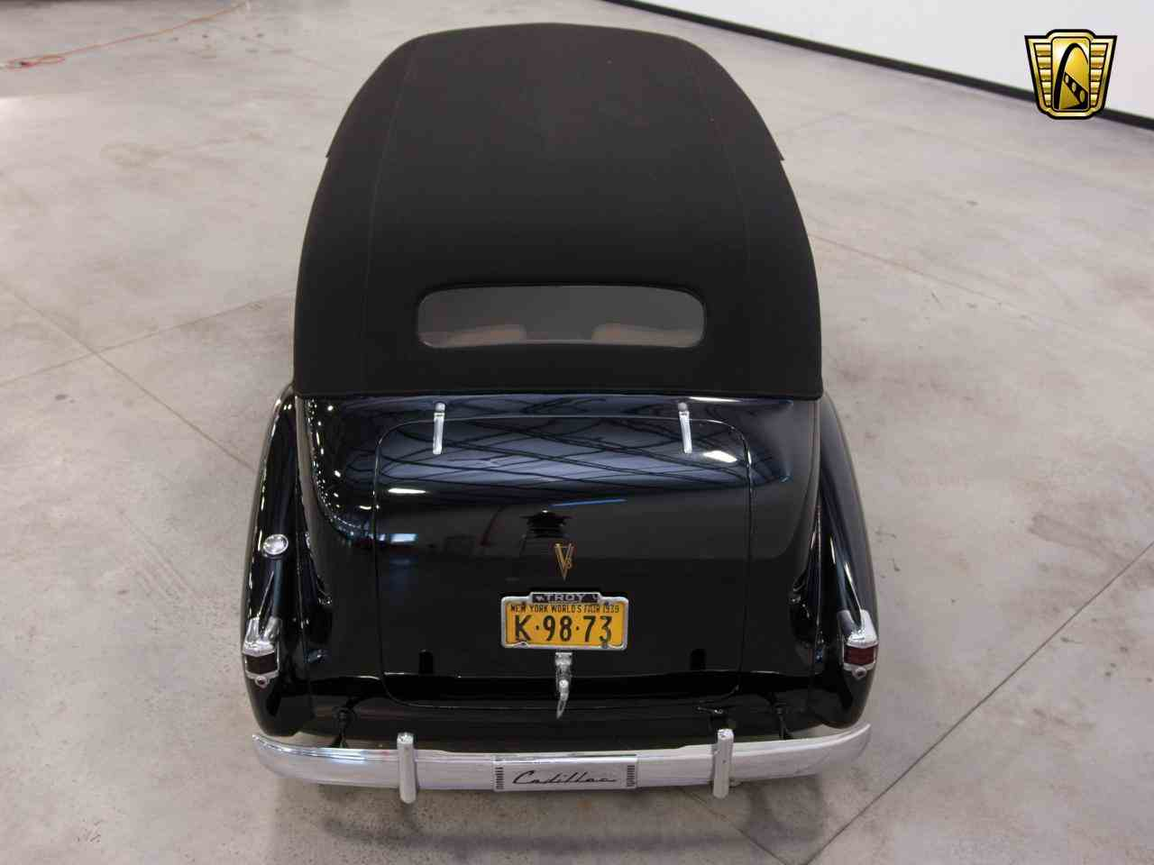 Large Picture of Classic 1939 Cadillac 7 Passenger Touring W/ Trunk Offered by Gateway Classic Cars - Milwaukee - KHP0