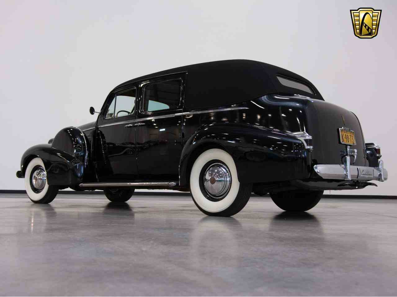 Large Picture of Classic '39 Cadillac 7 Passenger Touring W/ Trunk Offered by Gateway Classic Cars - Milwaukee - KHP0