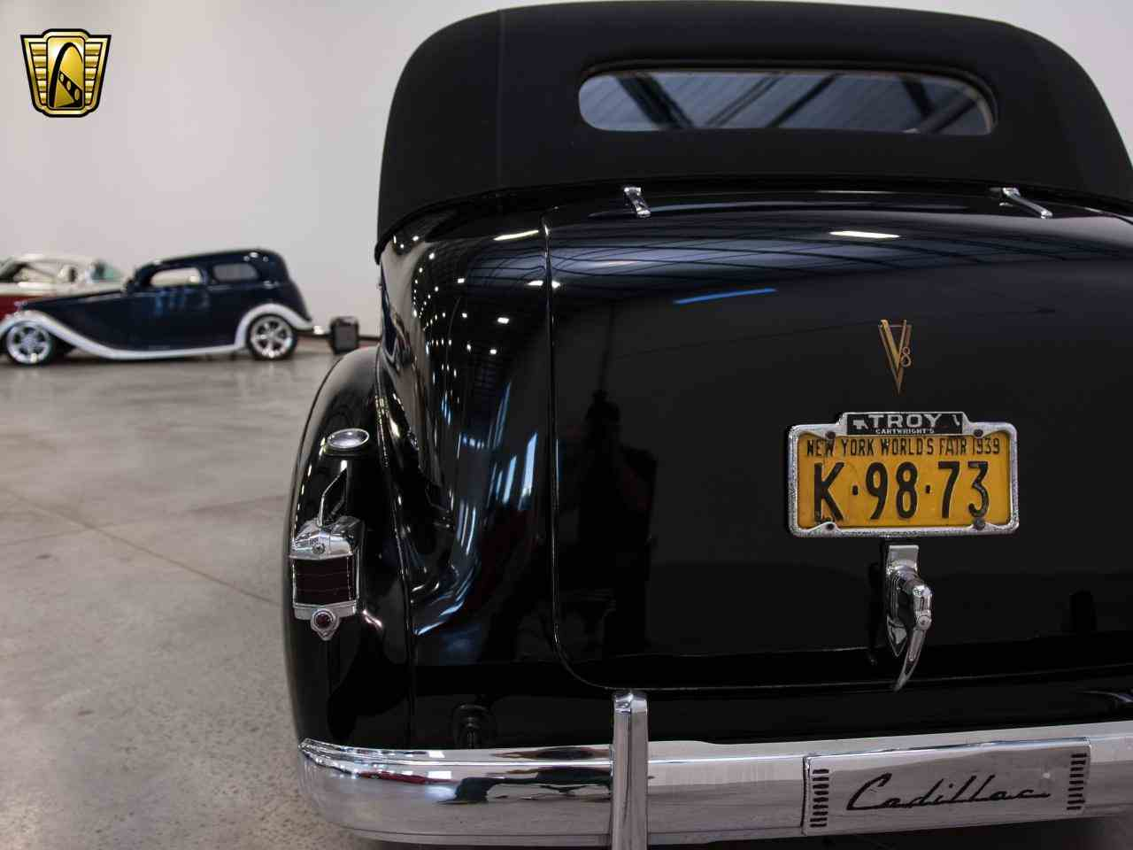 Large Picture of Classic '39 Cadillac 7 Passenger Touring W/ Trunk located in Wisconsin Offered by Gateway Classic Cars - Milwaukee - KHP0