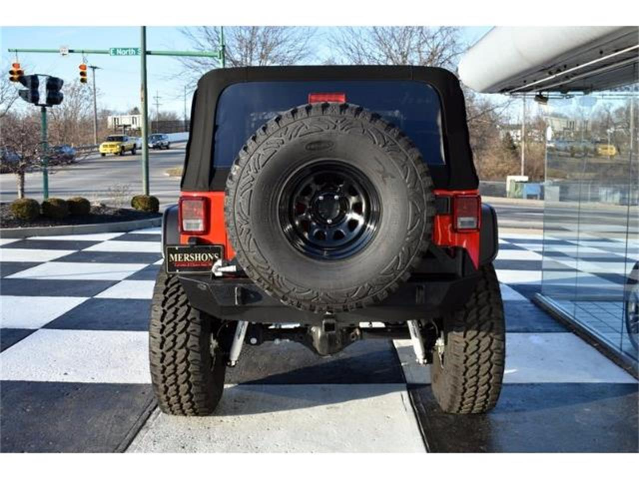 Large Picture of '15 Jeep Wrangler - $31,900.00 - KHY4