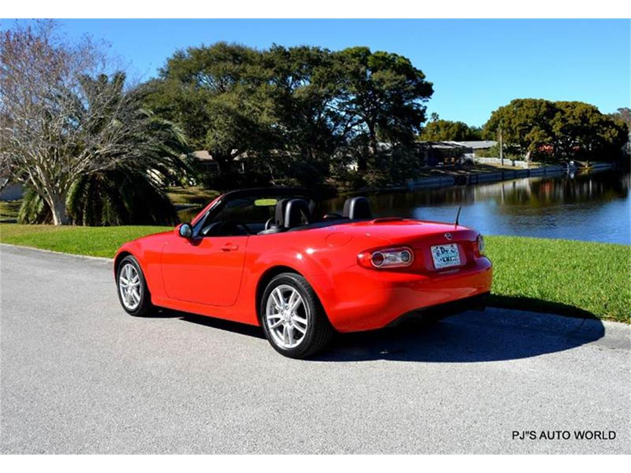 Large Picture of '11 Mazda Miata - $11,800.00 Offered by PJ's Auto World - KHZE