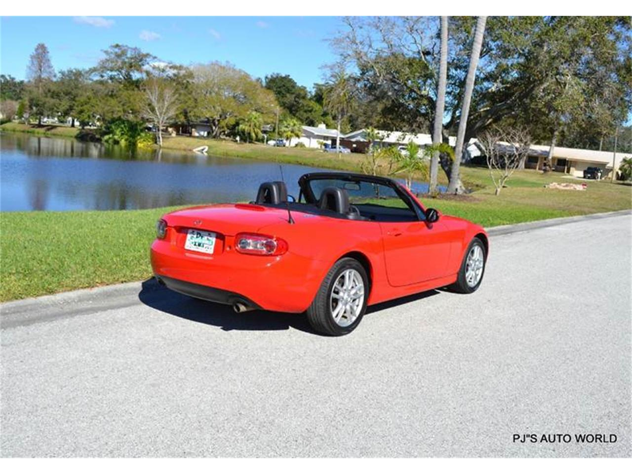 Large Picture of 2011 Mazda Miata - $11,800.00 Offered by PJ's Auto World - KHZE