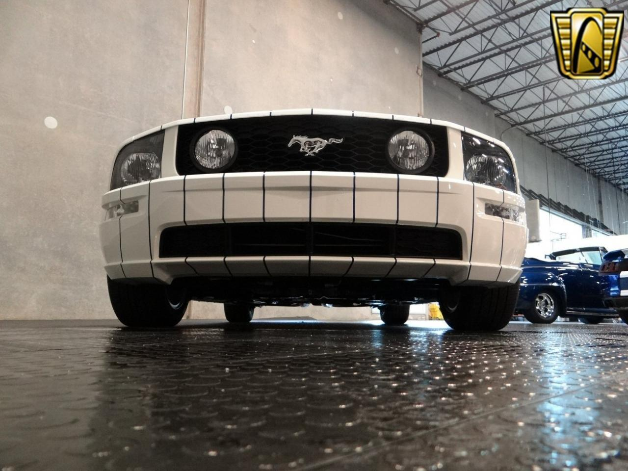 Large Picture of 2005 Ford Mustang Offered by Gateway Classic Cars - Tampa - KDJ7