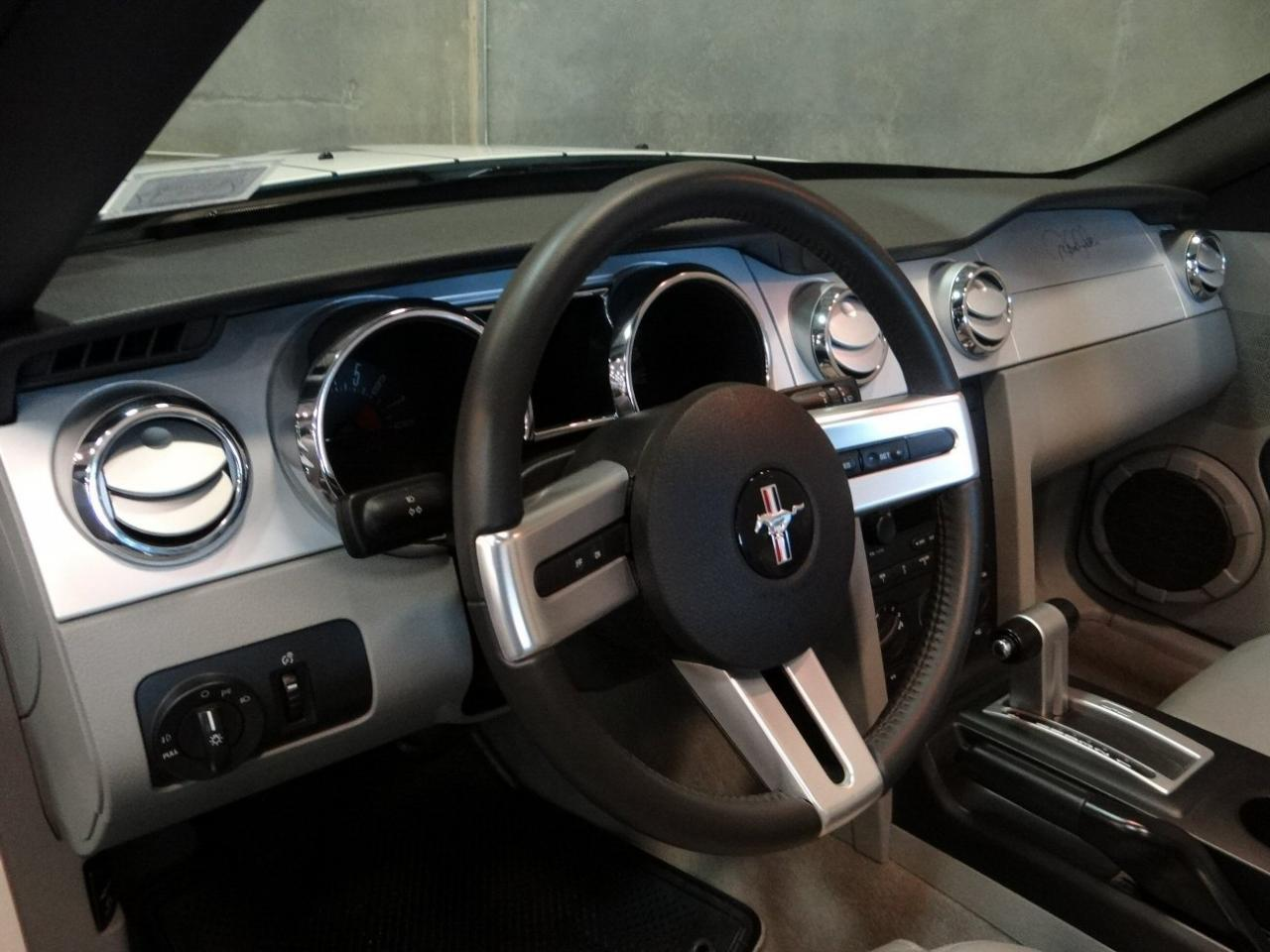 Large Picture of '05 Mustang - $24,595.00 Offered by Gateway Classic Cars - Tampa - KDJ7