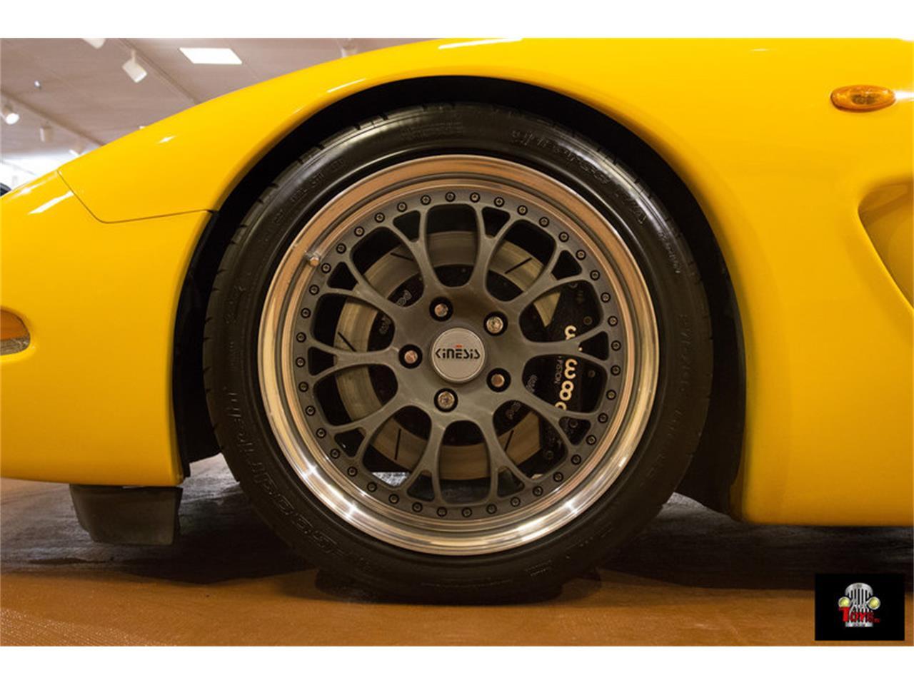 Large Picture of '00 Corvette - KIHW