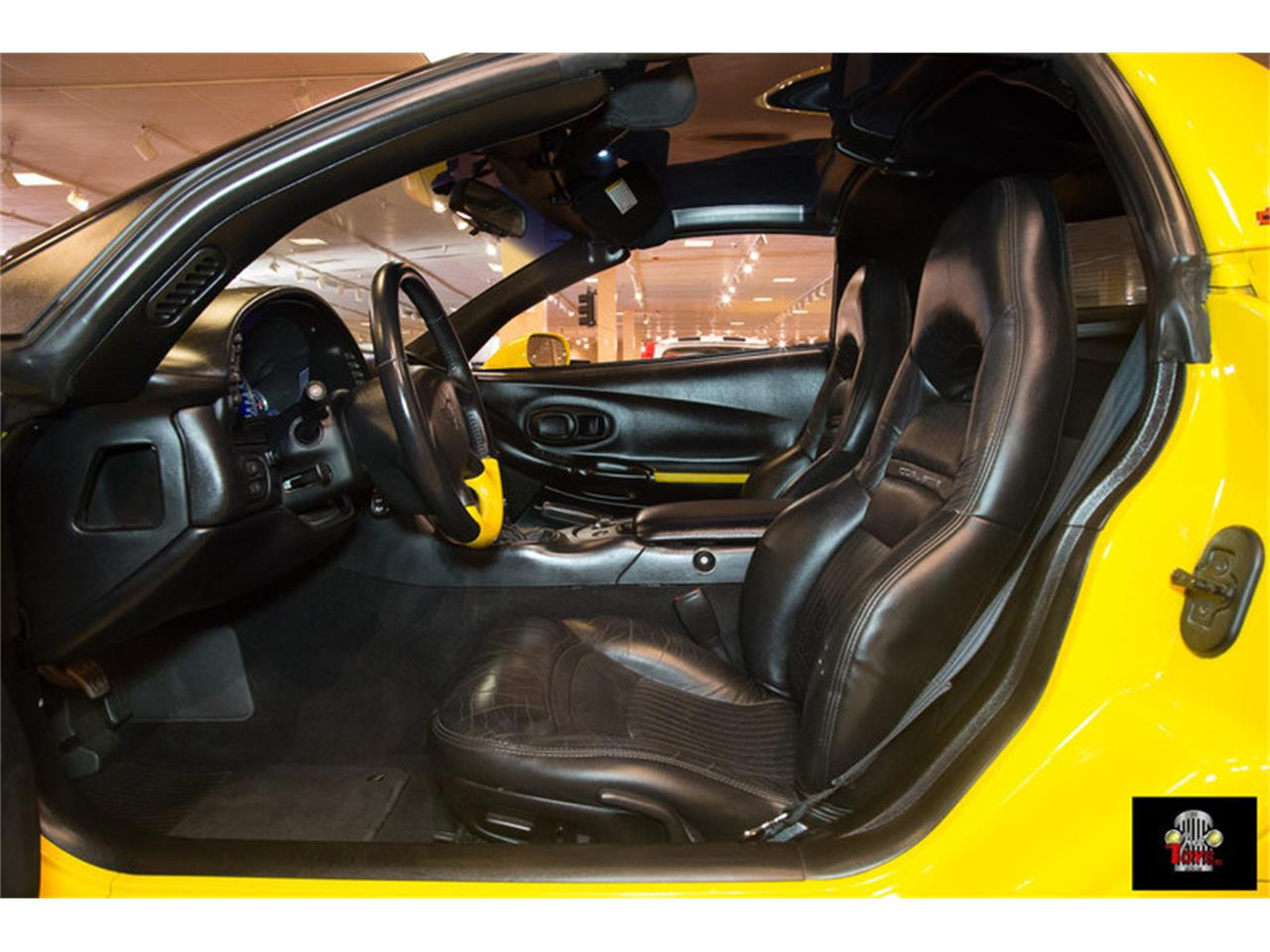 Large Picture of 2000 Chevrolet Corvette - KIHW