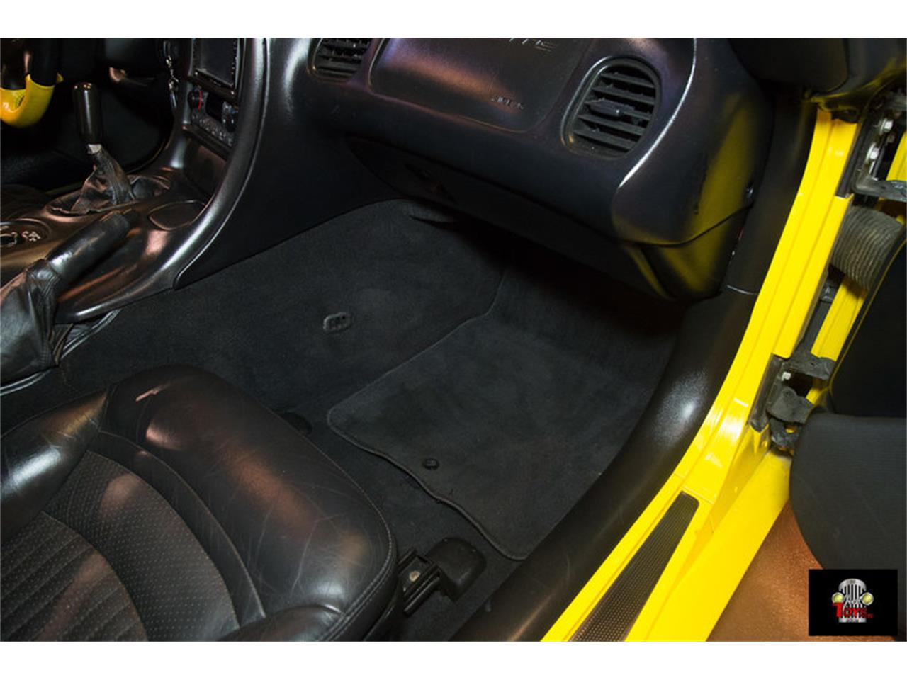 Large Picture of 2000 Chevrolet Corvette located in Orlando Florida - $31,995.00 Offered by Just Toys Classic Cars - KIHW