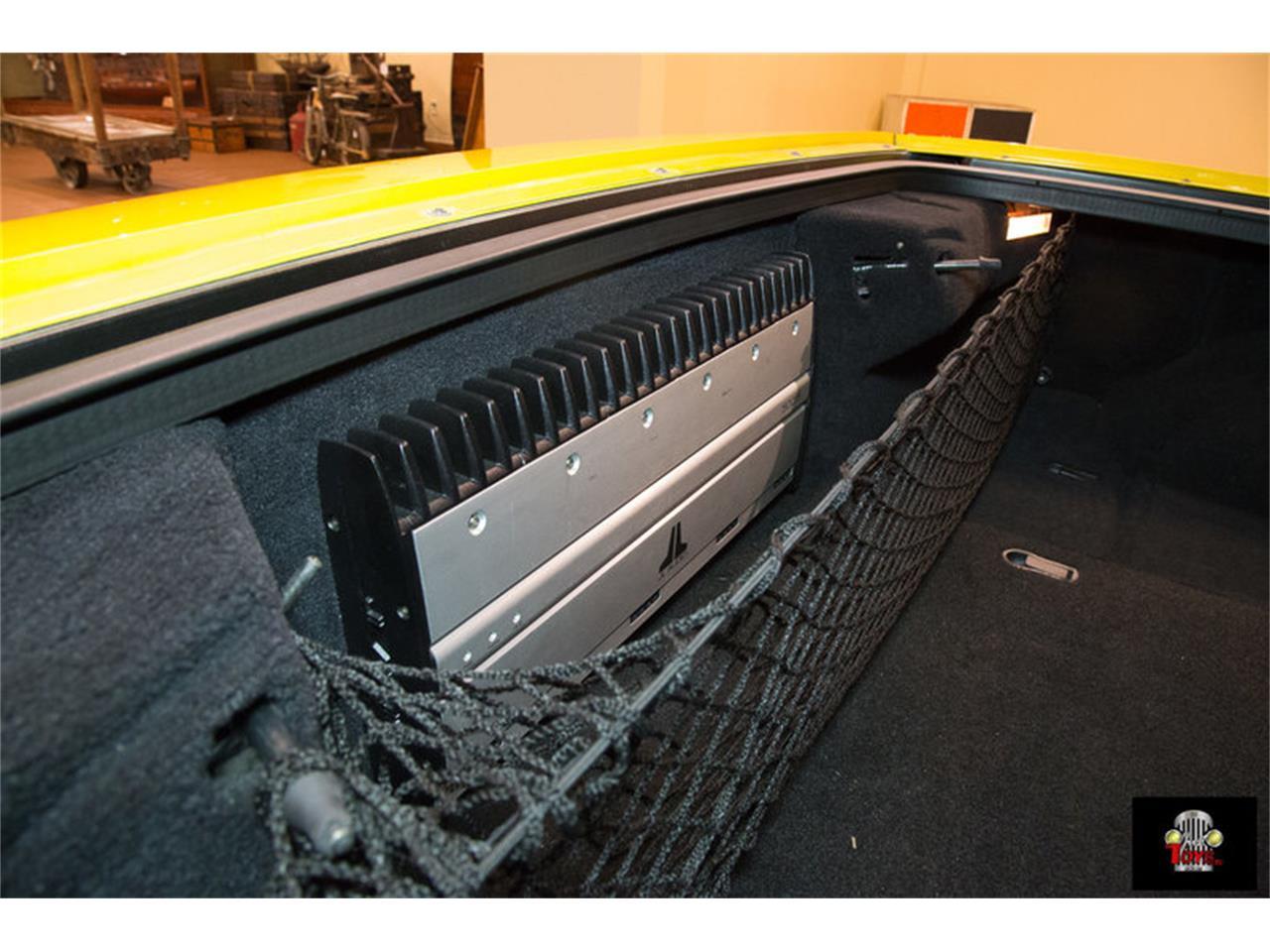 Large Picture of '00 Chevrolet Corvette located in Orlando Florida - KIHW