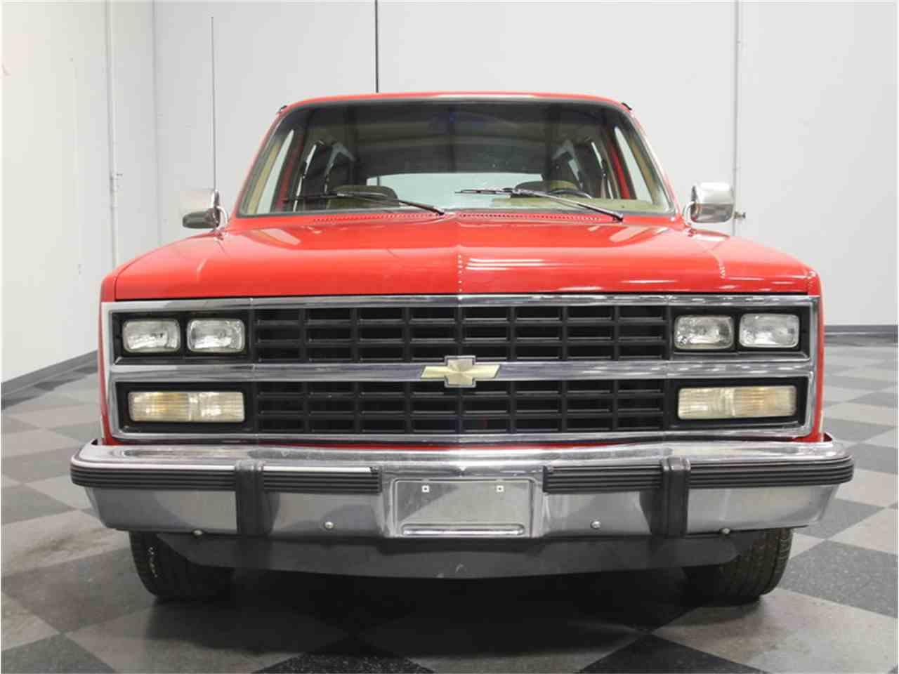 Large Picture of '85 Chevrolet Suburban located in Lithia Springs Georgia - $11,995.00 - KIU1