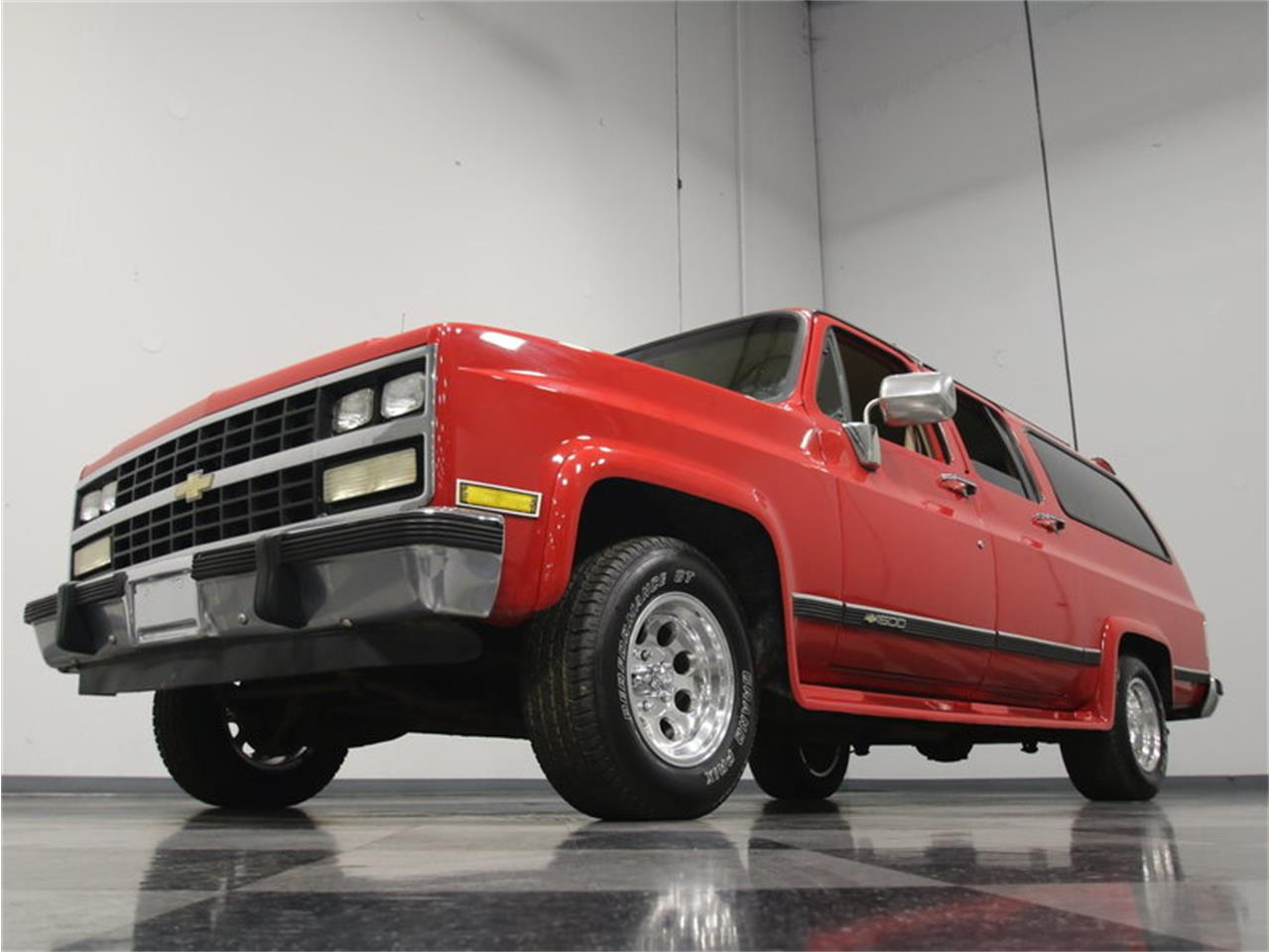 Large Picture of 1985 Suburban located in Lithia Springs Georgia Offered by Streetside Classics - Atlanta - KIU1